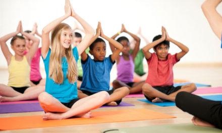 Yoga per bambini all'Atelier Pico Bello di Calolziocorte. Si parte venerdì 24 marzo